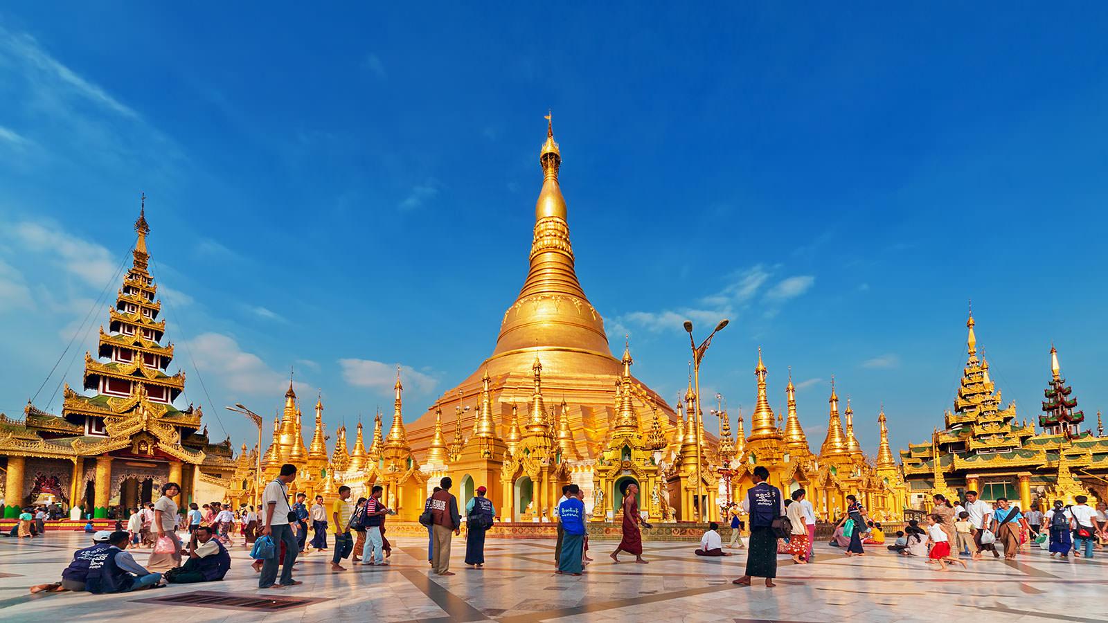 Kết quả hình ảnh cho trang phục đạo phật tại myanmar cho khách du lịch